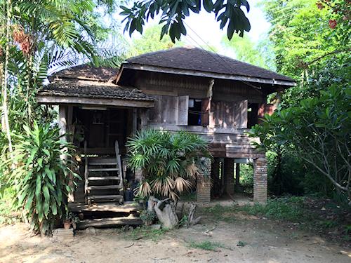 Touren ab bangkok bis udon thani 5 tage tour phi ta for Traditionelles thai haus